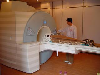 CE-MARC试验:CMR诊断冠心病准确性好