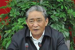 热地接见西藏行医疗志愿者